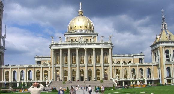 turystyka-atrakcje , sanktuarium w Licheniu, Wielkopolska , Polska